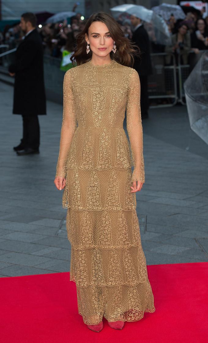 Keira-Knightley-Valentino-Couture