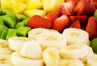 Fruid plate with bananas,strawberries,kiwis and ananas