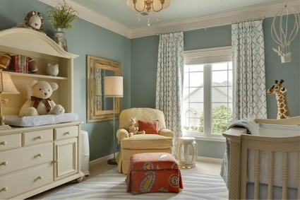 Neutral-Green-Wall-Decoration-and-White-Bedding-Sets-Designs-in-Modern-Baby-Bedroom-Furniture-Sets