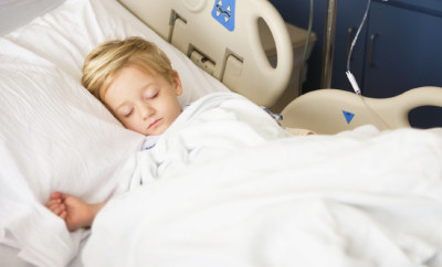 Child-Recovering-in-the-Hospital-000012528506_Small