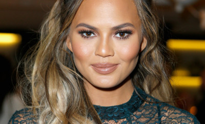 WEST HOLLYWOOD, CA - NOVEMBER 11:  Model Chrissy Teigen attends The Hollywood Reporter's Beauty Dinner at The London West Hollywood on November 11, 2015 in West Hollywood, California.  (Photo by Jeff Vespa/Getty Images for The Hollywood Reporter)