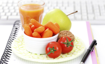 fresh fruits and vegetables during work - food and drink