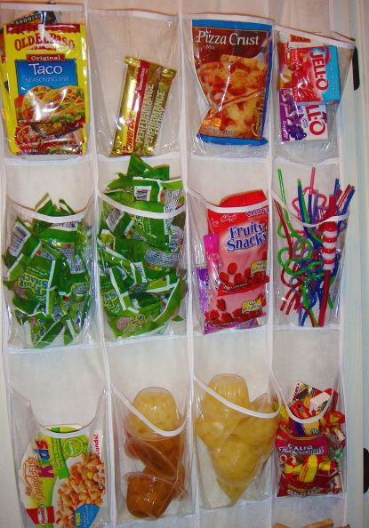 rak-plastik-baju-tas-sepatu-untuk-menyimpan-snack-si-kecil