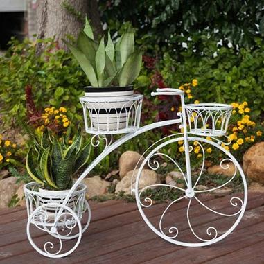 Inspirasi gaya tanaman di teras smartmama - Bicicleta macetero ...