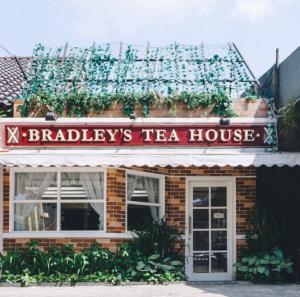 Bradley's British Tea House4