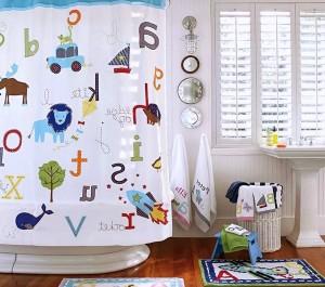 Cute-Kids-Shower-Curtains-Decoration-Ideas
