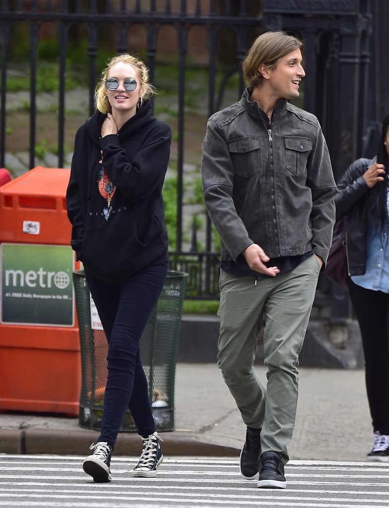 Candice-Went-Casual-Route-Graphic-Sweatshirt-Skinny-Jeans-High-Top-Converse