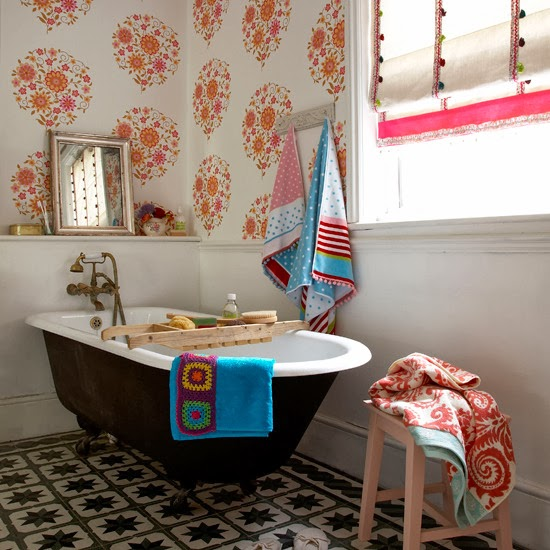 best-bathroom-wallpapers-70s-style-1
