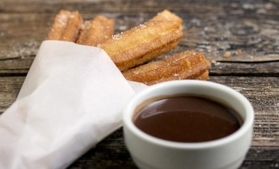 churros-con-chocolate1050-2-1050x700