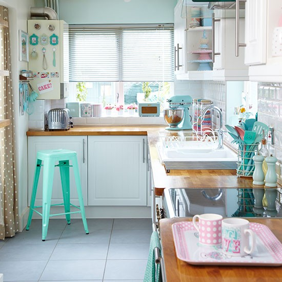 Green-aqua-kitchen