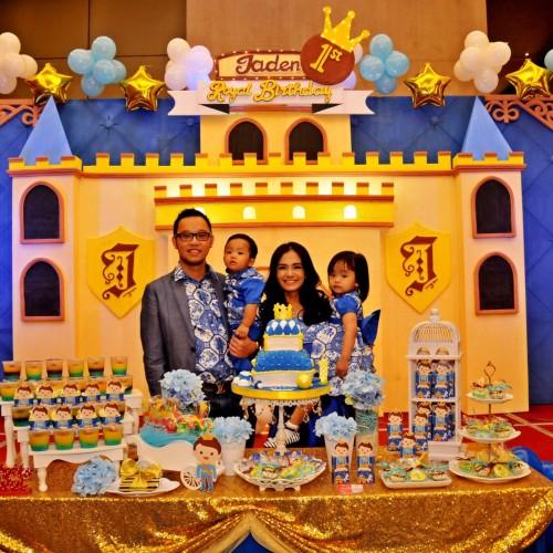 Cecilia & keluarga