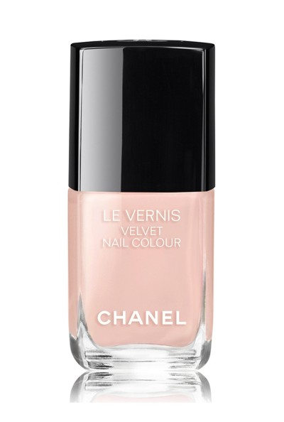 Le-Vernis-Longwear-Nail-Color-Chanel-Rp-375.000-edit