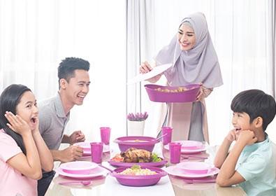 Produk perlengkapan makanan 'Medina' dengan sertifikasi halal