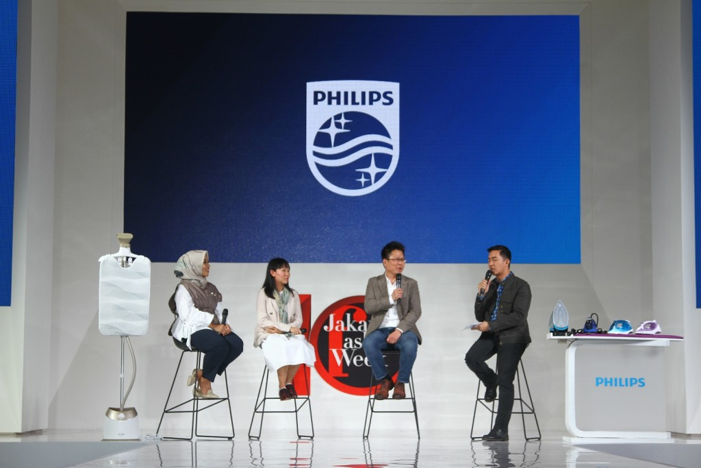 Istafiana Candarini, founder Kami, Ardha Ardea Prisilla S.Ds M.Ds, Dosen Jurusan Fashion Design, LaSalle College International Jakarta dan Yongky Sentosa, Head of Personal Health Philips Indonesia.