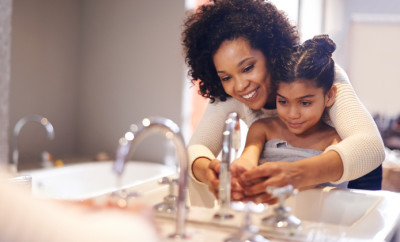 Cropped shot of a mother and daughter washing their hands at the bathroom sinkhttp://195.154.178.81/DATA/shoots/ic_784169.jpg