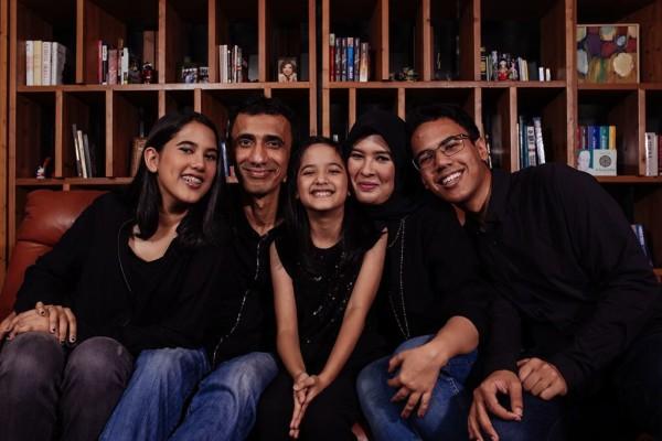 Najeela & family