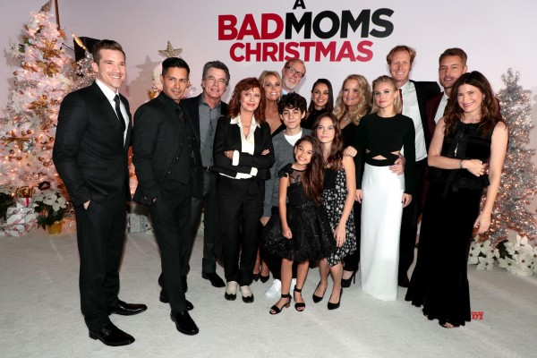 Bad Mom's Christmas Casts at the Premiere, LA