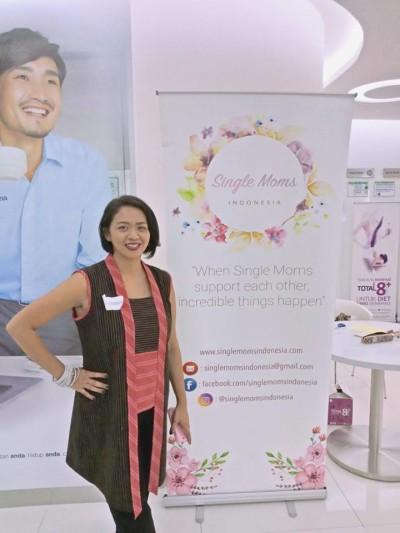 Maureen Hitipeuw - Pendiri Komunitas Single Moms Indonesia