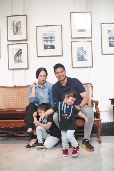 Mita & family