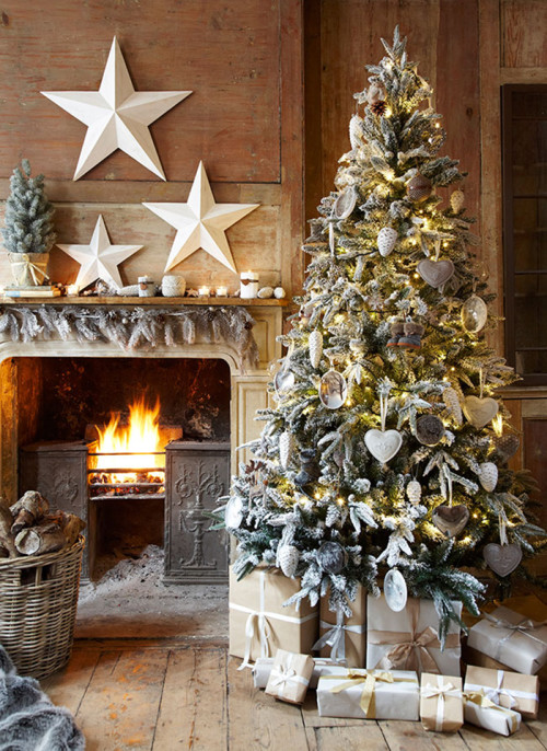 rustic-christmas-tree-inspiration-therelaxedhome