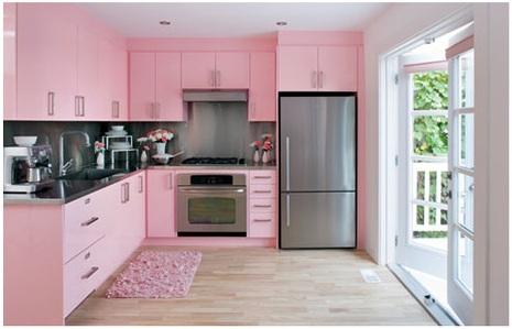 Jadikan Warna Pink Terang Sebagai Salah Satu Furnitur Agar Terlihat Manis Dengan Pencahayaan Yang Baik Kombinasi Ini Membuat Dapur Lebih Cerah Sekaligus