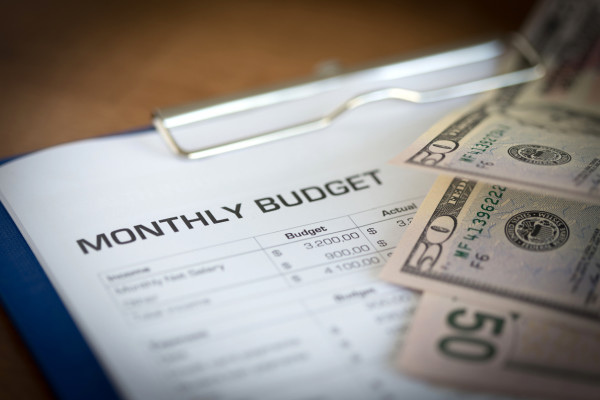 Monthly Budget Plan for Expenses and Money