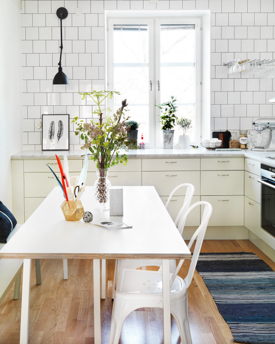 scandinavian-kitchen-design-with-retro-touches-1-554x692